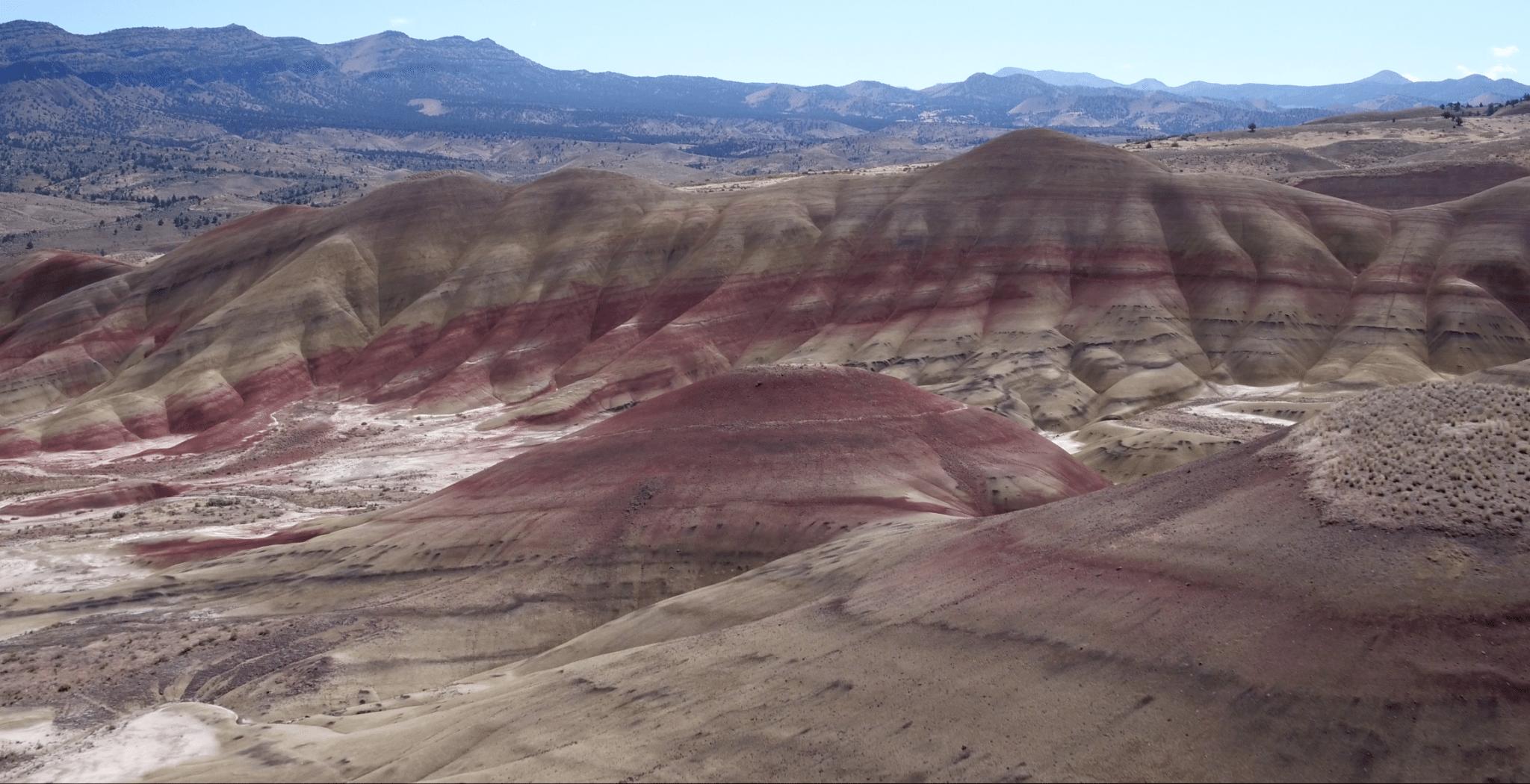 painted-hills-eastern-oregon